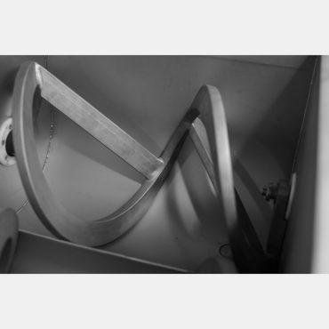 Фото 3 - Фаршемешалка шнековая 150л.